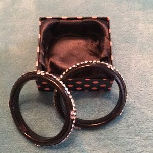 Jewelry - Black bracelets with beautiful rhinestones